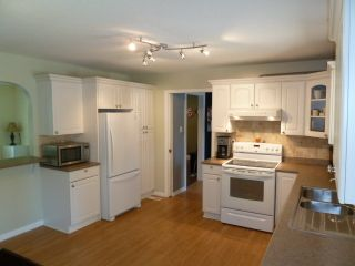 Photo 3: 20280 41A Avenue in Langley: Home for sale : MLS®# F1313760