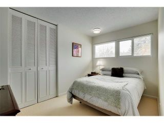 Photo 14: 6224 LONGMOOR Way SW in Calgary: Lakeview House for sale