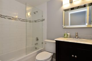 "Photo 18: 104 1378 GEORGE Street: White Rock Condo for sale in ""FRANKLIN PLACE"" (South Surrey White Rock)  : MLS®# R2371327"