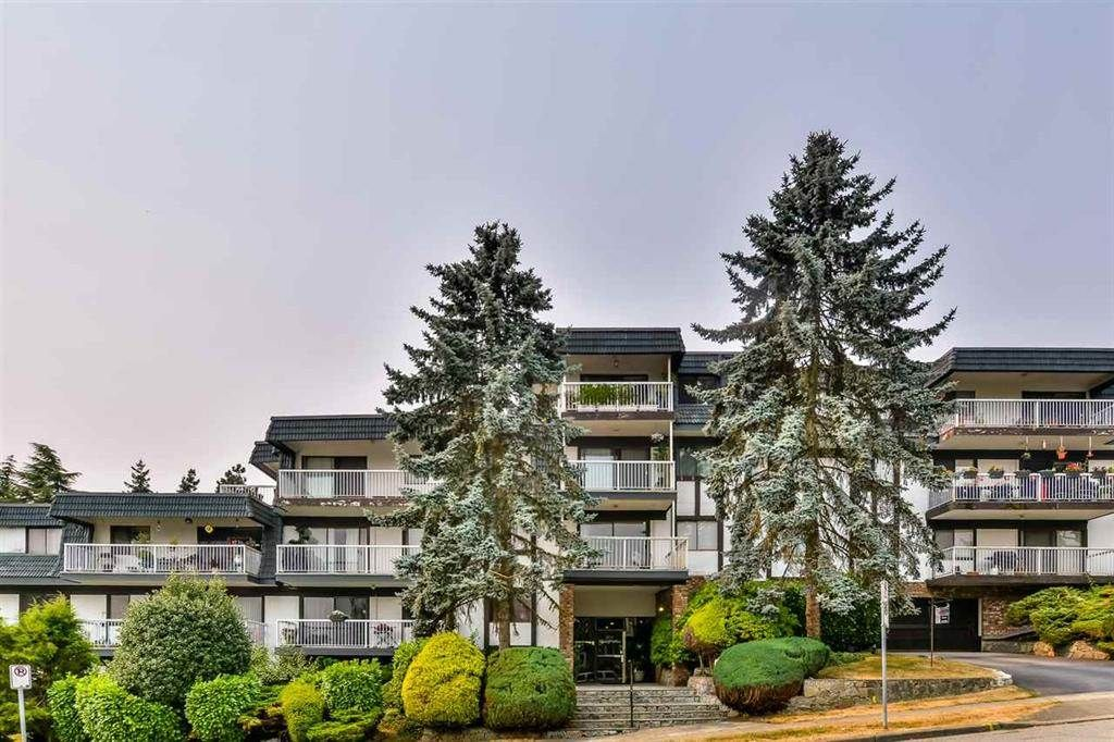 """Main Photo: 308 371 ELLESMERE Avenue in Burnaby: Capitol Hill BN Condo for sale in """"WESTCLIFF ARMS"""" (Burnaby North)  : MLS®# R2325917"""