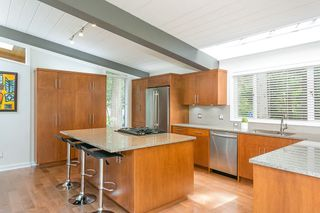 Photo 6: 4568 PICCADILLY NORTH in West Vancouver: Caulfeild House for sale : MLS®# R2363486