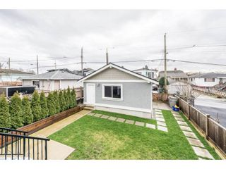 Photo 19: 2646 E 5TH Avenue in Vancouver: Renfrew VE House for sale (Vancouver East)  : MLS®# R2232613