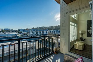 "Photo 15: 516 2525 CLARKE Street in Port Moody: Port Moody Centre Condo for sale in ""THE STRAND"" : MLS®# R2531825"