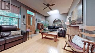 Photo 6: 607 STEPHENS CRES in Oakville: House for sale : MLS®# W5364880