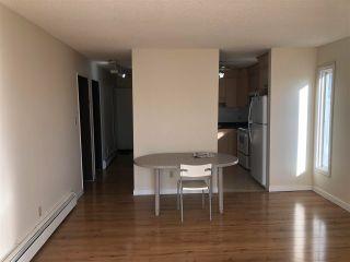 Photo 7: 8520 38A Avenue in Edmonton: Zone 29 Townhouse for sale : MLS®# E4244393