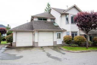 """Photo 1: 35 32361 MCRAE Avenue in Mission: Mission BC Townhouse for sale in """"SPENCER ESTATES"""" : MLS®# R2581222"""