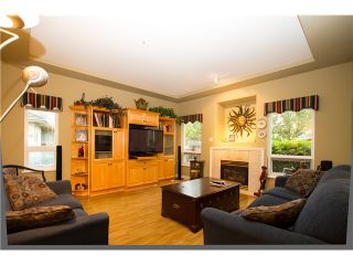 """Photo 4: 19 998 RIVERSIDE Drive in Port Coquitlam: Riverwood Townhouse for sale in """"PARKSIDE PLACE"""" : MLS®# V973342"""