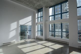 "Photo 2: 312 1238 SEYMOUR Street in Vancouver: Downtown VW Condo for sale in ""Space"" (Vancouver West)  : MLS®# R2443132"