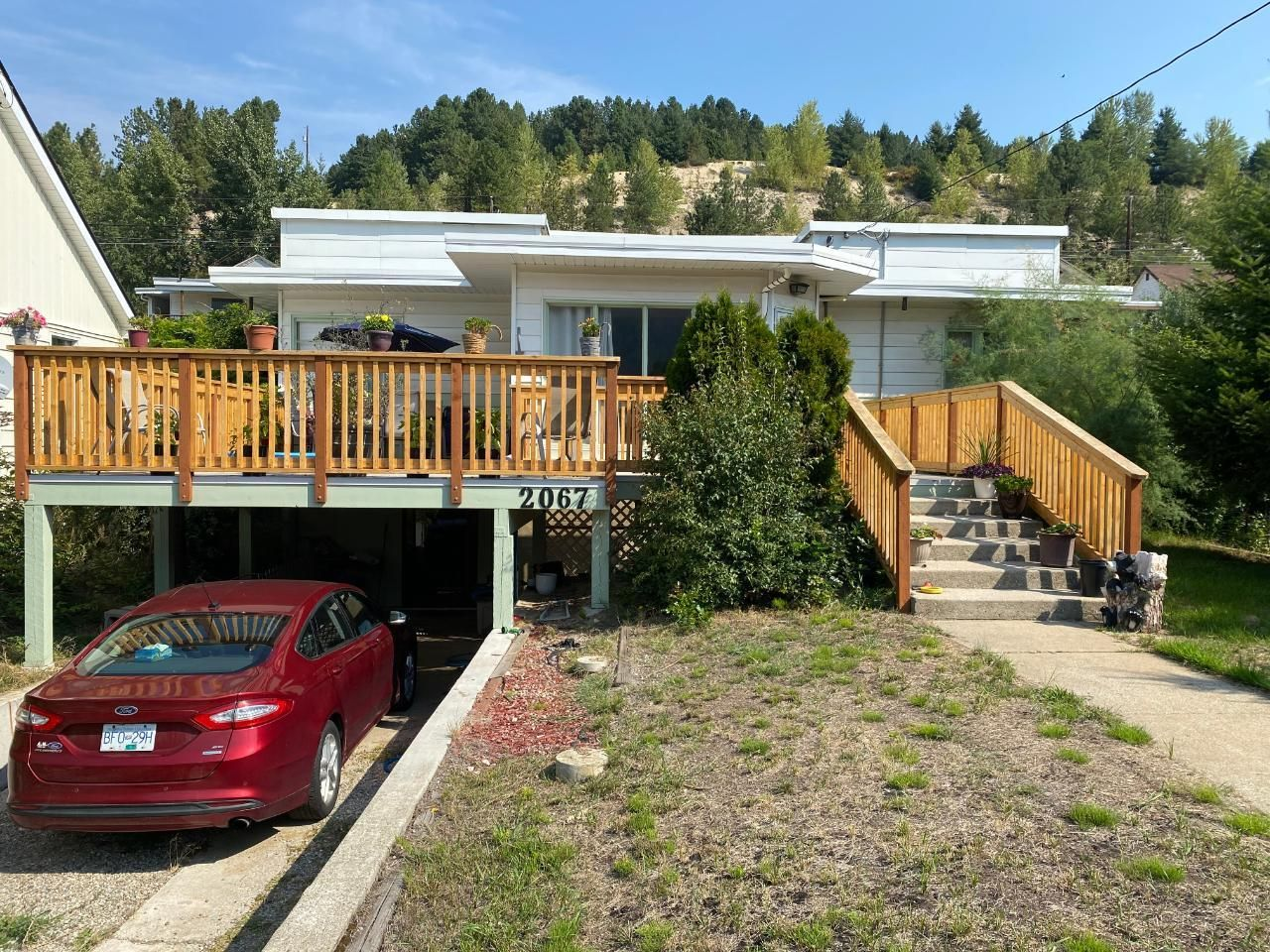 Main Photo: 2067 SEVENTH AVENUE in Trail: House for sale : MLS®# 2460784