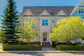 Photo 1: 230 SOMME Avenue SW in Calgary: Garrison Woods Row/Townhouse for sale : MLS®# C4261116