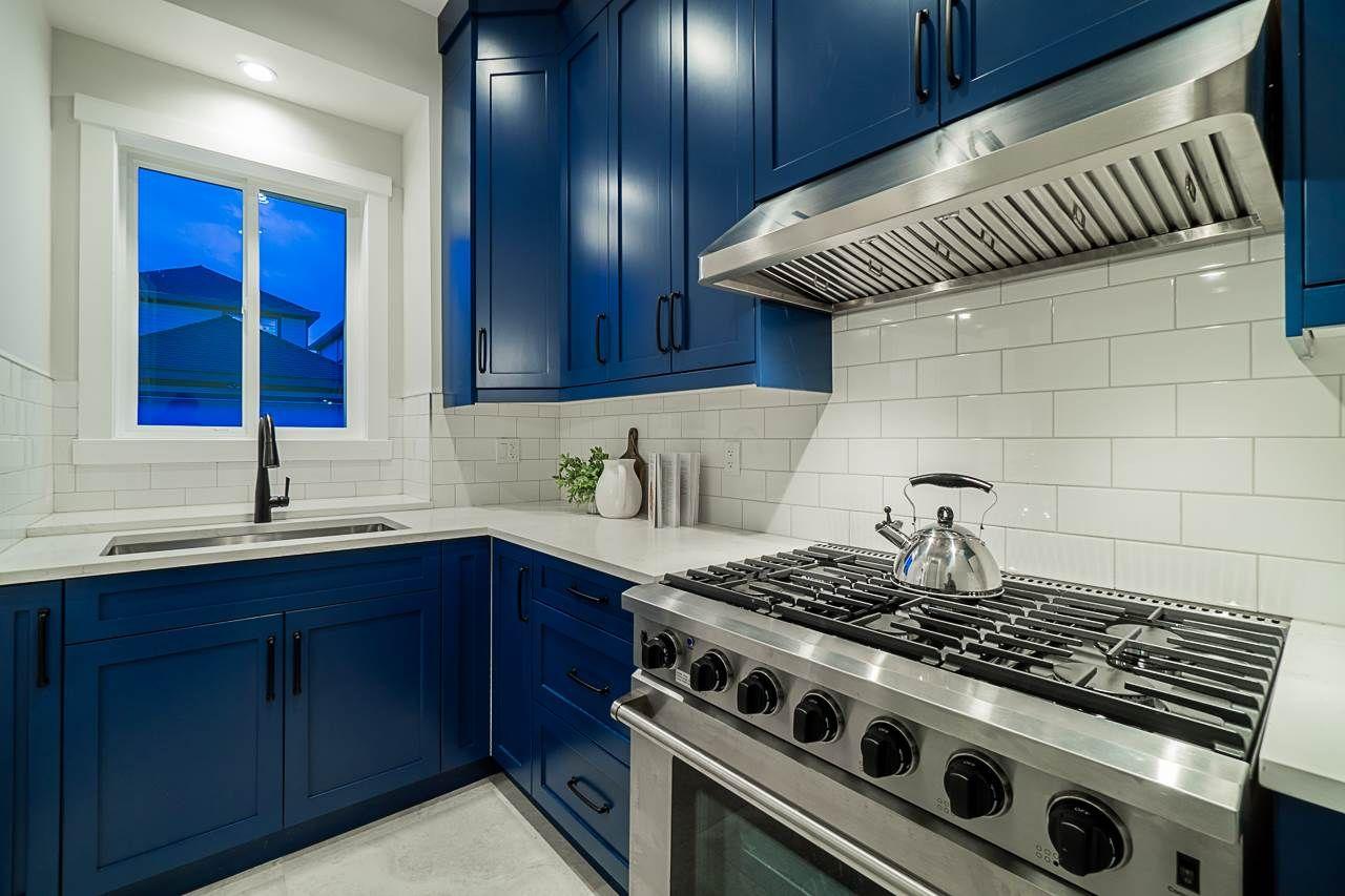 Photo 11: Photos: 17189 0A Avenue in Surrey: Pacific Douglas House for sale (South Surrey White Rock)  : MLS®# R2479187
