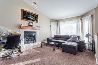 Photo 4: 8 Bondar Gate: Carstairs Detached for sale : MLS®# C4287231