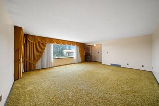Photo 4: 7420 Hunterburn Hill NW in Calgary: Huntington Hills Detached for sale : MLS®# A1123049
