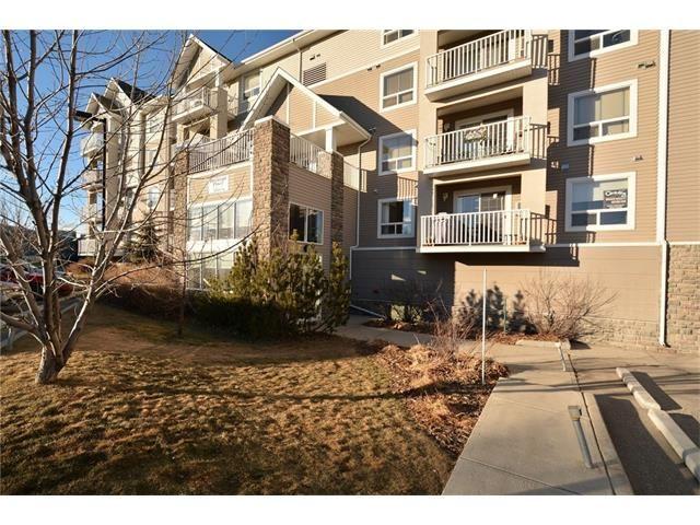 Main Photo: 208 128 CENTRE Avenue: Cochrane Condo for sale : MLS®# C4048864