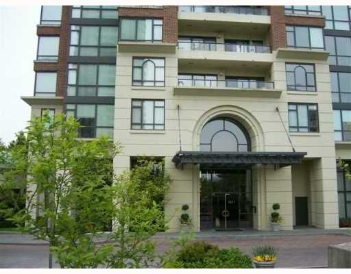 """Main Photo: 1805 6837 STATION HILL Drive in Burnaby: South Slope Condo for sale in """"THE CLARIDGES AT CITY IN THE PARK"""" (Burnaby South)  : MLS®# V703914"""