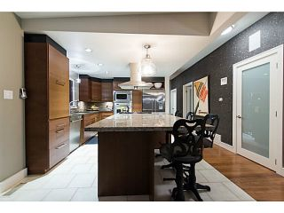 Photo 2: 3570 CALDER AVENUE in North Vancouver: Upper Lonsdale House for sale : MLS®# R2115870