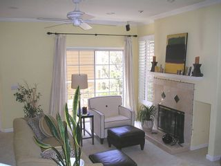 Photo 2: HILLCREST Condo for sale : 1 bedrooms : 4204 3rd Ave #5 in San Diego