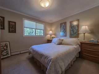 """Photo 25: 5300 YORK Drive in Prince George: Upper College House for sale in """"UPPER COLLEGE HEIGHTS"""" (PG City South (Zone 74))  : MLS®# R2495982"""