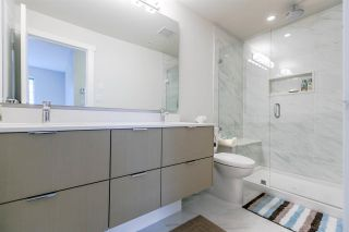 """Photo 12: 204 255 W 1ST Street in North Vancouver: Lower Lonsdale Condo for sale in """"West Quay"""" : MLS®# R2242663"""