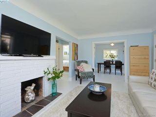 Photo 4: 87 W Maddock Ave in VICTORIA: SW Gorge House for sale (Saanich West)  : MLS®# 765555