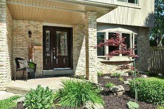 Photo 12: 880 Birch Avenue in Milton: Dorset Park House (2-Storey) for sale : MLS®# W2949642