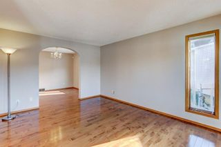 Photo 3: 47 Hawkville Mews NW in Calgary: Hawkwood Detached for sale : MLS®# A1088783