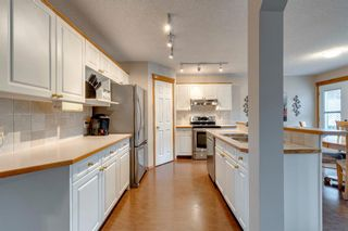 Photo 6: 130 Somerset Circle SW in Calgary: Somerset Detached for sale : MLS®# A1139543