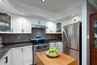 Photo 6: 401 78 RICHMOND Street in New Westminster: Fraserview NW Condo for sale : MLS®# R2594090