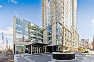 Main Photo: 712 1025 5 Avenue SW in Calgary: Downtown West End Apartment for sale : MLS®# A1102198
