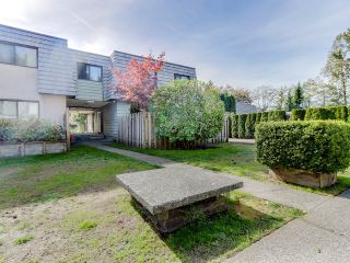 """Photo 15: 1236 PREMIER Street in NORTH VANC: Lynnmour Townhouse for sale in """"LYNNMOUR VILLAGE"""" (North Vancouver)  : MLS®# R2006636"""