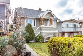 Photo 1: 3434 DUNDAS Street in Vancouver: Hastings Sunrise House for sale (Vancouver East)  : MLS®# R2541879