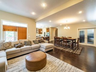 Photo 5: 159 ST MORITZ Drive SW in Calgary: Springbank Hill Detached for sale : MLS®# A1116300