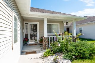 Photo 4: 3681 Morningside Drive: West Kelowna Duplex for sale (South Okanagan)  : MLS®# 10191317