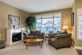 Photo 2: 19485 66A Avenue in Surrey: Clayton House for sale (Cloverdale)  : MLS®# R2238950