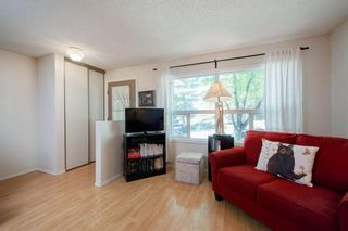 Photo 12: 332 Queenston Heights SE in Calgary: Queensland Row/Townhouse for sale : MLS®# A1114442