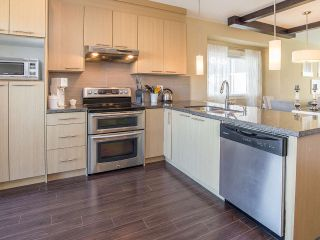 """Photo 5: 16 7298 199A Street in Langley: Willoughby Heights Townhouse for sale in """"YORK"""" : MLS®# R2068285"""