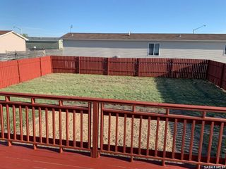 Photo 5: 90 Foord Crescent in Macoun: Residential for sale : MLS®# SK838264