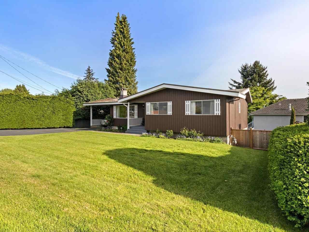 Main Photo: 1510 CHARLAND Avenue in Coquitlam: Central Coquitlam House for sale : MLS®# R2577681