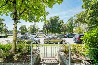 """Photo 22: 102 3463 CROWLEY Drive in Vancouver: Collingwood VE Condo for sale in """"Macgregor Court"""" (Vancouver East)  : MLS®# R2498369"""