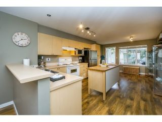Photo 8: 35 12711 64 AVENUE in Surrey: West Newton Townhouse for sale : MLS®# R2032584