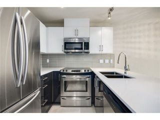"""Photo 6: 808 2689 KINGSWAY in Vancouver: Collingwood VE Condo for sale in """"SKYWAY TOWER"""" (Vancouver East)  : MLS®# R2268899"""