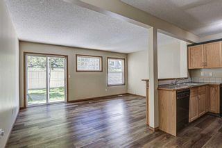 Photo 14: 17 Eversyde Court SW in Calgary: Evergreen Row/Townhouse for sale : MLS®# A1120200