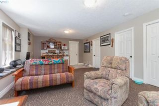 Photo 34: 672 Stewart Mountain Rd in VICTORIA: Hi Eastern Highlands House for sale (Highlands)  : MLS®# 816219