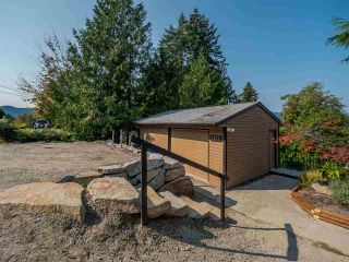 Photo 8: 5852 SKOOKUMCHUK Road in Sechelt: Sechelt District House for sale (Sunshine Coast)  : MLS®# R2504448