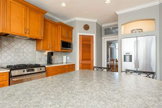 """Photo 12: 21060 86A Avenue in Langley: Walnut Grove House for sale in """"Manor Park"""" : MLS®# R2505740"""