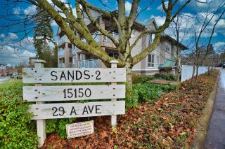 """Photo 2: 402 15150 29A Avenue in Surrey: King George Corridor Condo for sale in """"The Sands II"""" (South Surrey White Rock)  : MLS®# R2523039"""