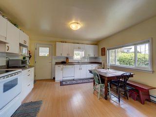 Photo 13: 5689 PORPOISE BAY Road in Sechelt: Sechelt District House for sale (Sunshine Coast)  : MLS®# R2590834