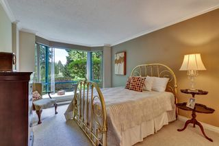 """Photo 22: 103 1745 MARTIN Drive in White Rock: Sunnyside Park Surrey Condo for sale in """"SOUTH WYND"""" (South Surrey White Rock)  : MLS®# R2617912"""