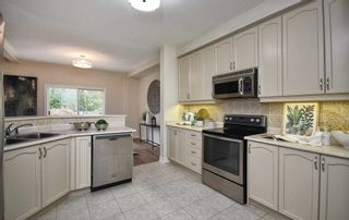 Photo 7: 37 Wave Hill Way in Markham: Greensborough Condo for sale : MLS®# N5394915