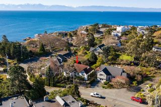 Photo 29: 296 King George Terr in Oak Bay: OB Gonzales House for sale : MLS®# 836611